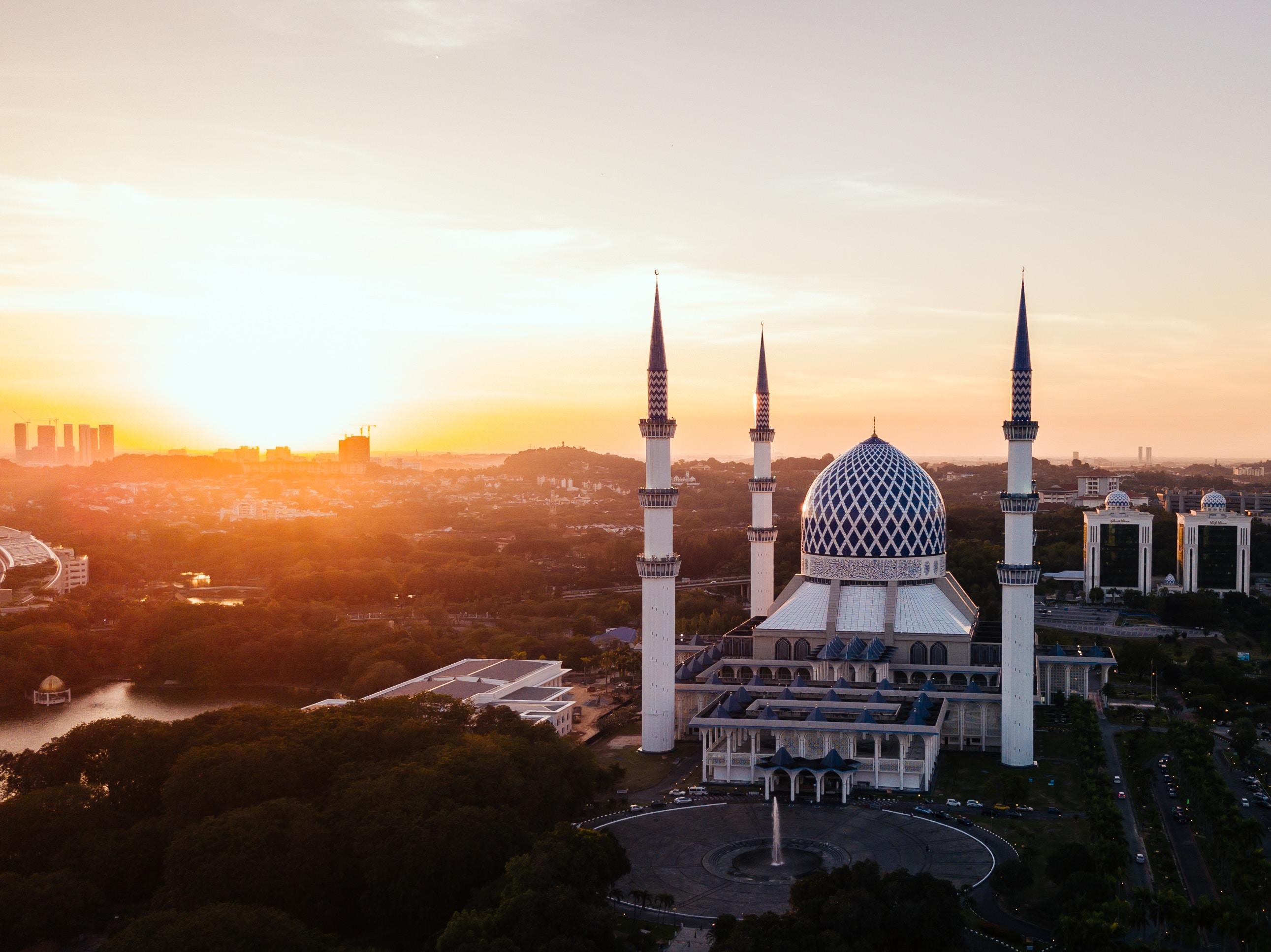 Sale Blu Di Persia Wikipedia : Malaysias struggle to preserve religious pluralism quillette